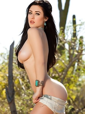 Cybergirl of the Month January 2014